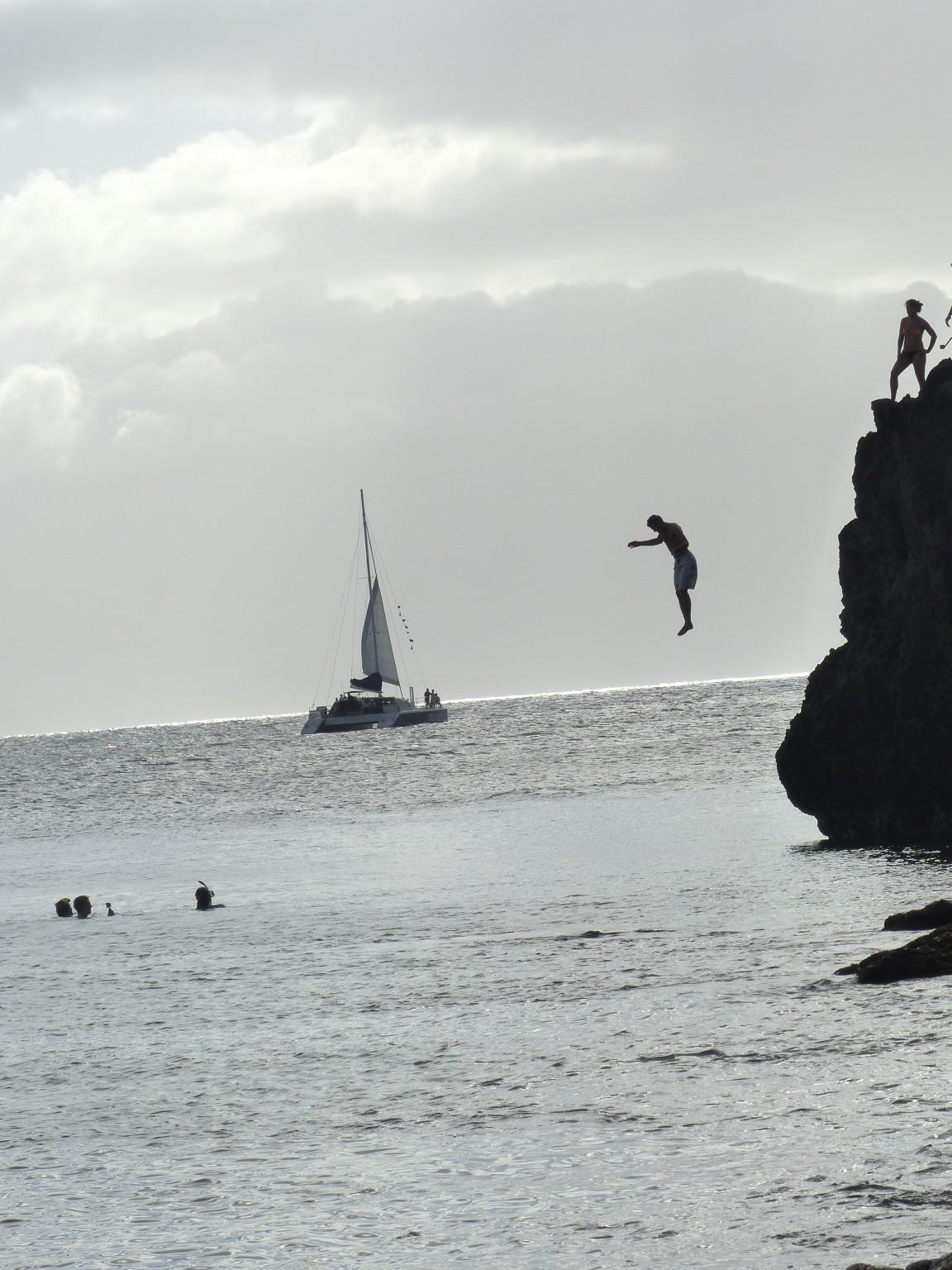 climbing rock sea swimsuits - photo #22
